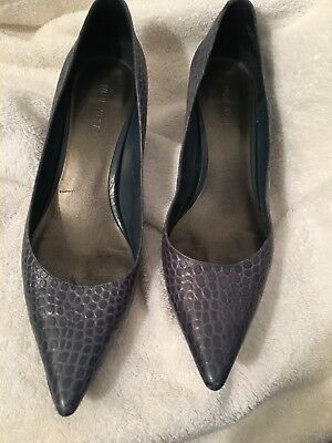 Nine West Pointy Toe, Blue-Colored Crocodile Pumps  Size 8M