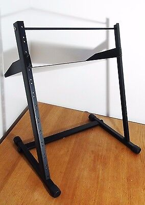 Home Studio / Informatique - Stand Rack 19'' + Tablette