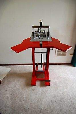 Framers Corner Underpinner ( V nailer)  M3 foot operated very good condition