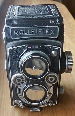 ROLLEIFLEX 6 X 6 TLR CAMERA S/N 1428592 with 75mm f3.5 CARL ZEISS TESSAR S/N 118