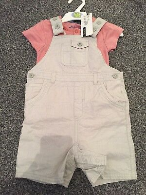 Boys Cream Shorts Dungaree Set 12-18 Months M&S BNWT