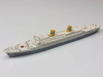 Triang Minic 1/1200th Scale Ship - M706 S.S Nieuw Amsterdam
