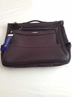 Tripp Suit Carrier With Tags
