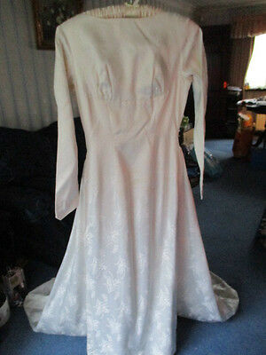 1940s /1950s vintage wedding dress-lily of the valley pattern S 12-14