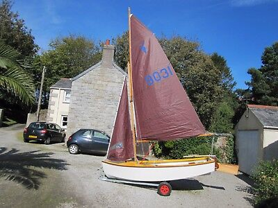 """Heron sailing dinghy (grp, length 11'3"""") with new wooden Collars mast"""