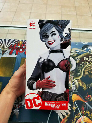 DC Collectibles DC Bombshells Harley Quinn Red White and Black Statue