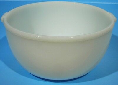 "GLASBAKE Made for SUNBEAM #22 Vintage Mixing Bowl Milk Glass 9.25"" Dia  (Ref #5)"