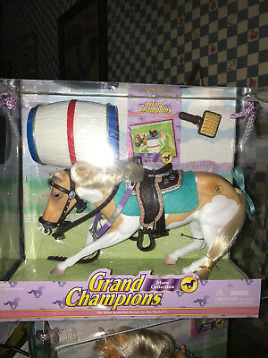 Grand Champions Mare Collection PAINT  MARE 50090 Horse Play Set New