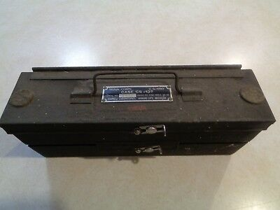 VINTAGE WWII US Military Army Signal Corps 2 level Case CS-137 WITH 75 Crystals