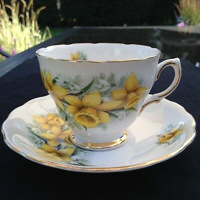 Vintage Colclough Yellow Daffodils teacup & saucer FREE SHIPPING