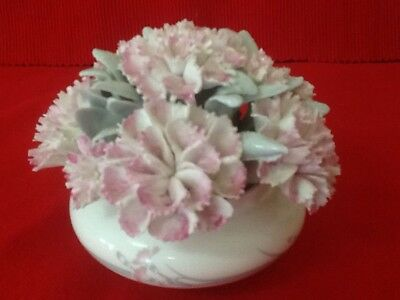 Royal Doulton Carnation Posy / Made In England / 1 St Quality / Mint