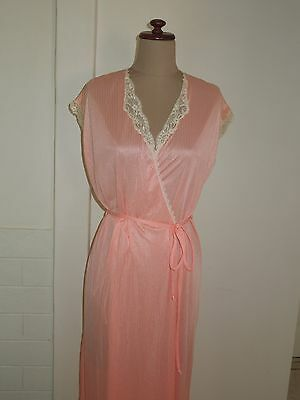 Vintage Robe, Dressing Gown, Pink/peach, Lace Trim, Budoir, Satin Look, Size 14