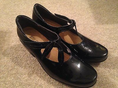 Naot Black Patent Leather Shoes Size 40