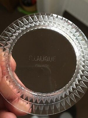 A rare original R Lalique clear & frosted Bourgueil pattern dish from circa 1930