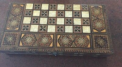 Antique Box 1882's Rare Large Mother Of Pearl Chess Arab Set