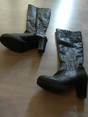 shoes and boots 38. Botas piel 38