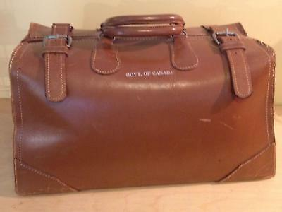 Vintage Leather Satchel Doctor-Style Government of Canada Bag