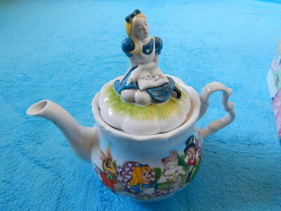 Paul Cardew Alice In Wonderland Ceramic Teapot 48 oz 150th Anniversay in Box