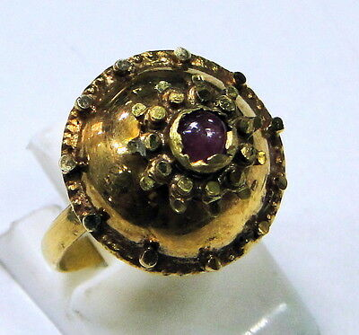 Vintage antique 20 K gold Ruby Ring 425