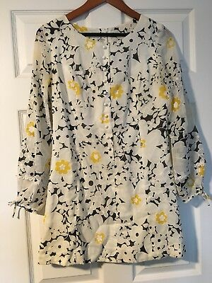 1960s Vintage Go Go Flower Power Mini Dress