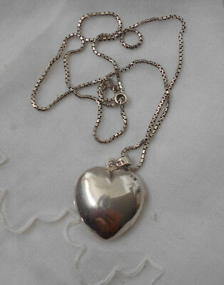 Sterling Silver Heart Photo  Locket Pendant & Sterling Silver Box Chain