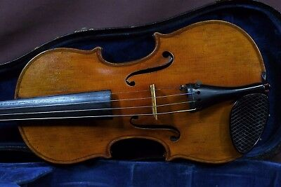 A beautiful fine old Vintage Violin