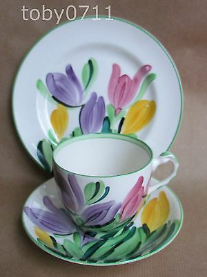 GRAY'S POTTERY HAND PAINTED CROCUS 8982 PATTERN TRIO DATE:1930 GRAYS   (Ref264)