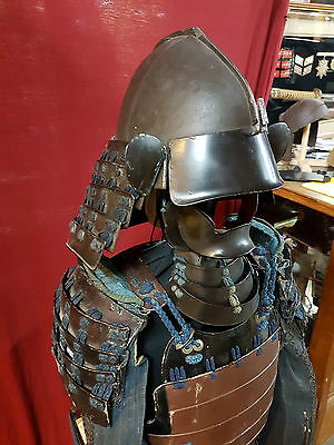 Antique Japanese Edo Period Samurai Armor & Box Kabuto
