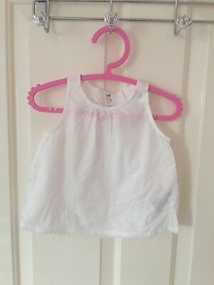 H&M Baby Girl Sleeveless Top With Bow Detail Size 6-9 Months
