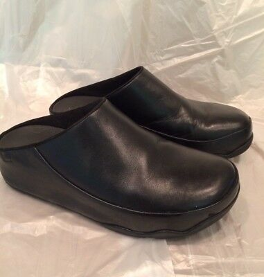 Fitflop Size 7 Black Leather Gogh Clogs