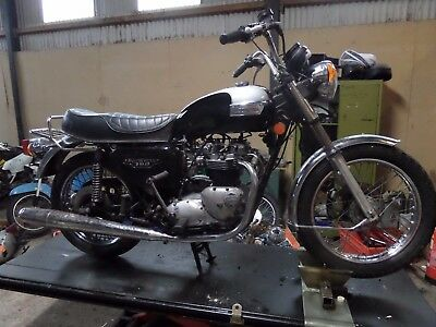 Triumph T140E Bonneville 1979 Restoration Project Matching Numbers 1000 Miles