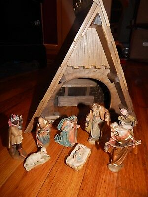 "Anri Nativity 4 1/2"" Set with 8 figurines plus Creche with Music Box, very nice"