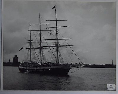 """Training Ship """"lord Nelson"""" On The Mersey In 1987"""