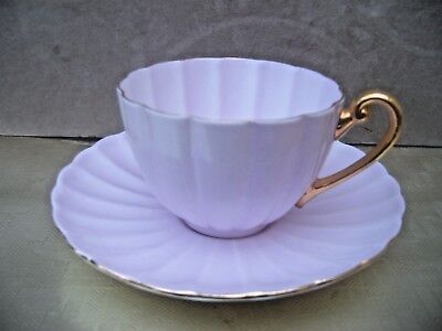 Shelley Lilac & Gilt Teacup & Saucer. Fluted.