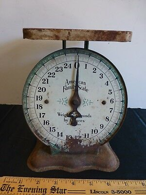 Vintage American Family Kitchen Dial Scale 0-25 lbs Green Works Shabby Chic