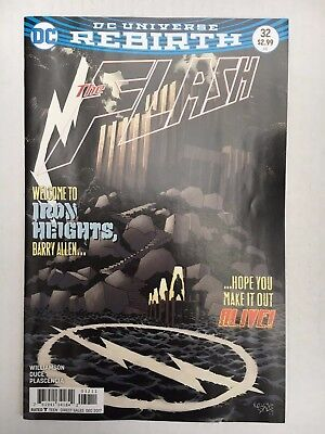 DC Comics: The Flash #32 (2017) - BN - Bagged and Boarded