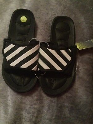 Tek Gear Black And White Arch Support Slides Size 3/4 Boys Youth