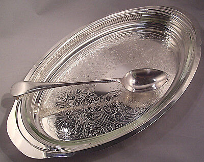 """19-7/8"""" Silver plate serving dish Wm Rogers #809 Includes Pyrex Dish GREAT 3 pc."""