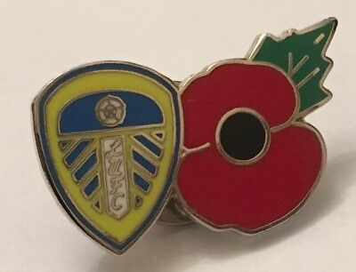 Leeds United Poppy New In Bag Football Pin Badge