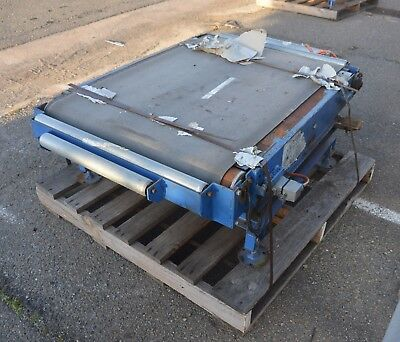 powered 1180 x 800 mm belt conveyor system with powered rotation turntable