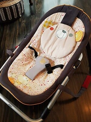 Super cute baby rocker teddy bear design