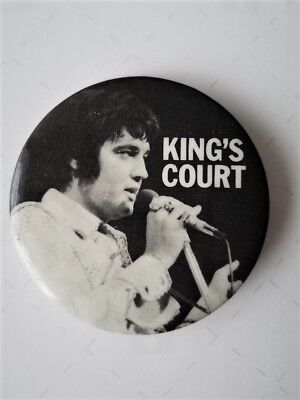 Elvis Presley - Original King's Court Fan Club Pin / Button  - From 1970's