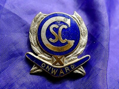 UNKNOWN / UNIDENTIFIED VINTAGE SCHOOL BADGE; GSC or CSC CIPHER. PINBACK/ENAMELS.