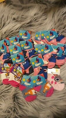 LOT 20 pairs of baby/toddler socks. Finding Dory and others. Shoe size 1-5