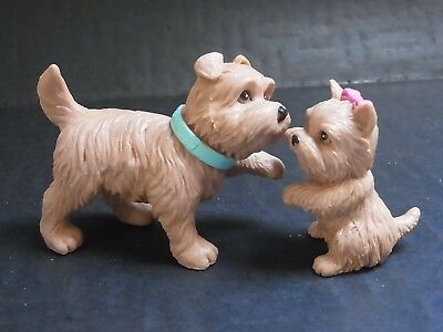 2 süße Hunde Bullyland für Barbie oder Puppenstube West Highland Terrier