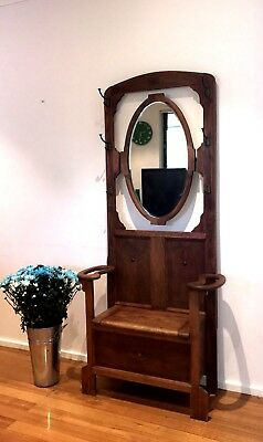 Beautiful Antique Oak Mirrored Hall Coat Stand With Seat Storage Circa 1930's