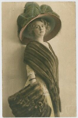 Pretty young lady / girl large hat postcard, 1913 London