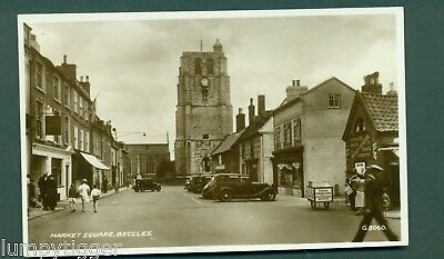 BECCLES,MARKET SQ WITH GREENGRASS ICE CREAM CART, vintage postcard