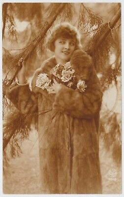 Pretty young lady / girl postcard, early 1900's; Noyer