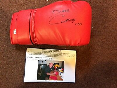 Dave Courtney Signed Boxing Glove. London Gangster Kray Twins Underworld